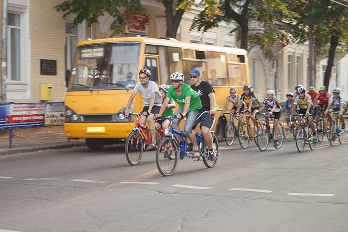 Благодійний велопробіг «Бачу! Можу! Допоможу!» у Житомирі